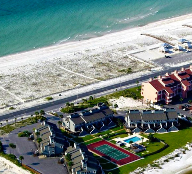 Pensacola-Beach-Vacation-Rentals-San-DeLuna-Townhomes aerial view