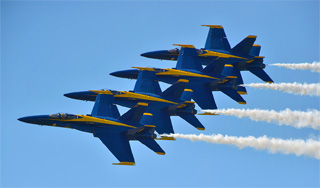 The-US-Navy-Blue-Angels